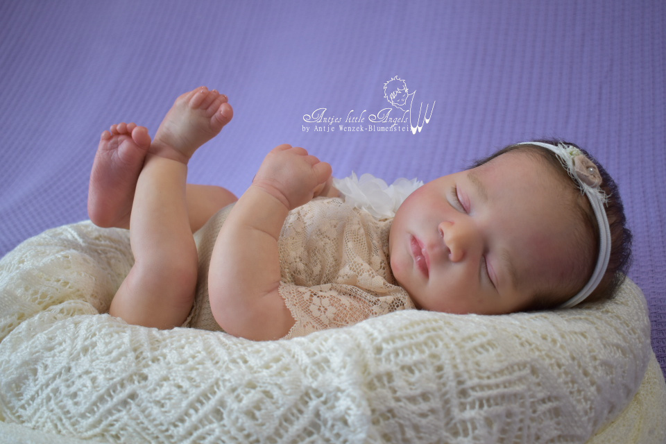 Realborn Baby Johannah by Bountiful Baby